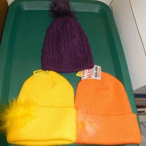 Lot 3 childrens knit winter ski hats